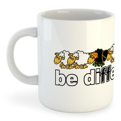 Taza Montañismo Be Different Climb